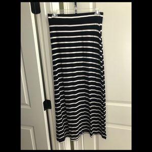 Lou and Grey maxi skirt. Medium.